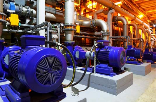 为泵提供动力的工业电机